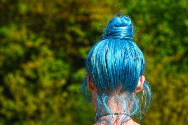 Farbowanie włosów z odżywką