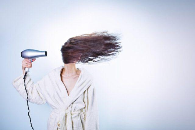 Jonowa suszarka do włosów
